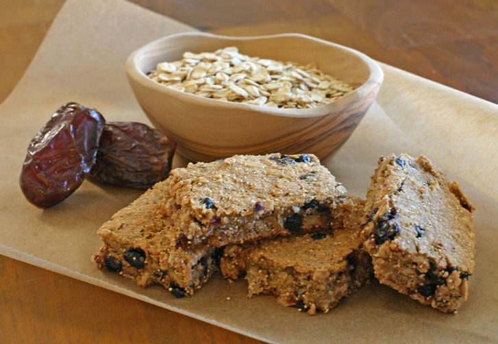 Banana Blueberry Oatmeal Breakfast Bars
